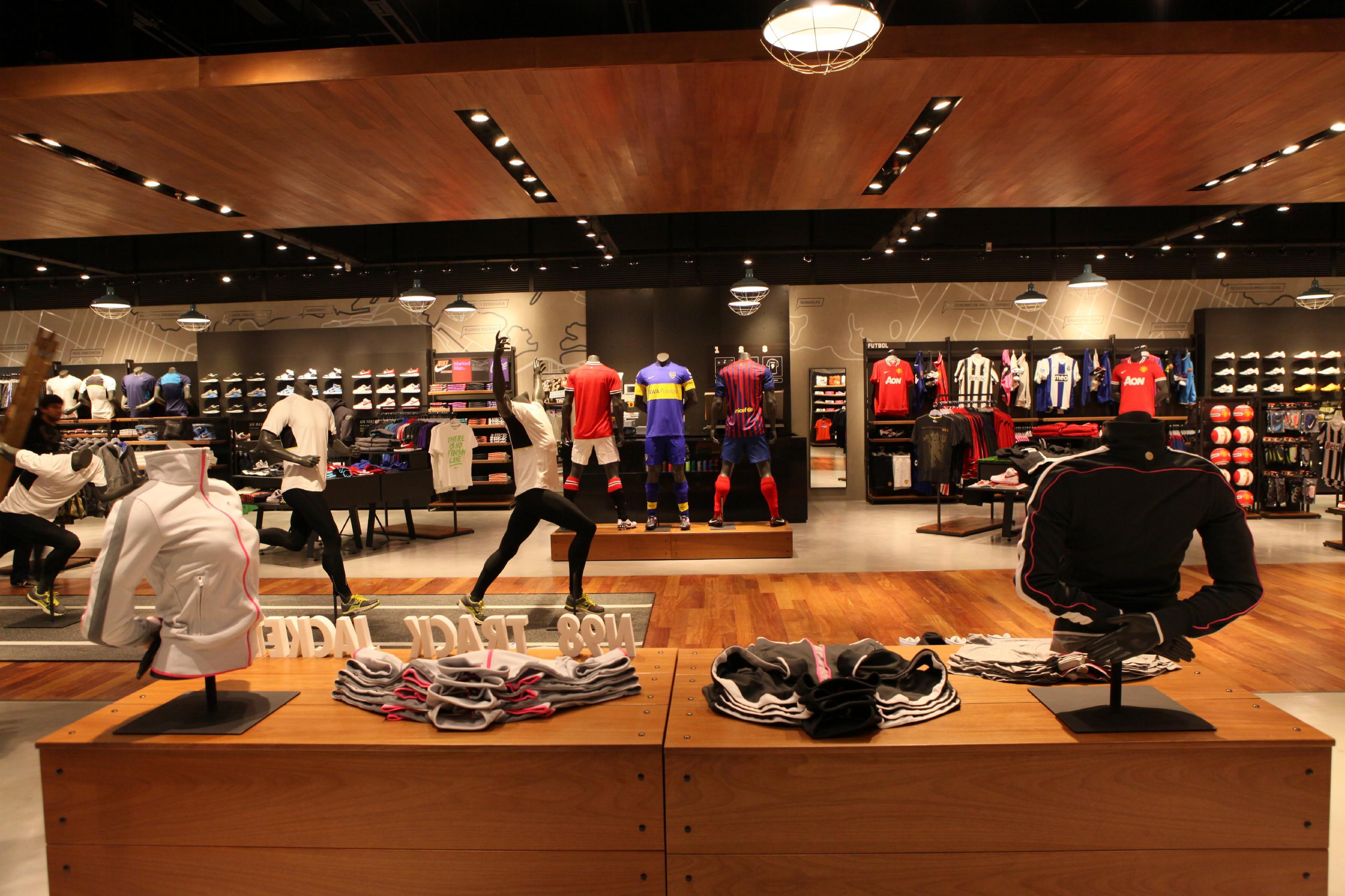 Nike Store Albrook Mall Panama